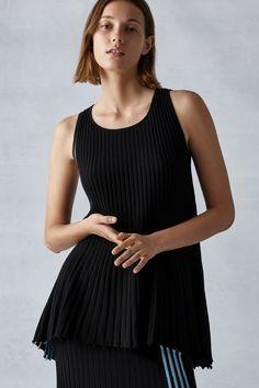 #Spring #TSE #TSEcashmere #style #luxury #cashmere #vogue #MaliKoopman #model #NYFW