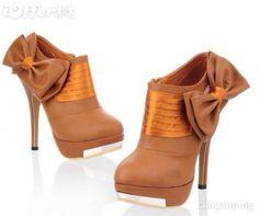 Amazing high heels!