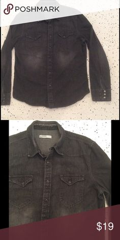 Men's denim shirt Dark gray cotton denim shirt with front pockets and western style snaps. No flaws! GAP Shirts Casual Button Down Shirts