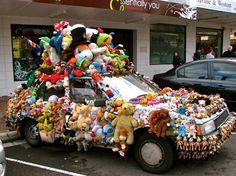 Gewoon een verzameling hilarische foto's #229 - VK Magazine. teddy bear car.