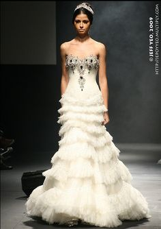 2014 #Wedding #Gowns Find more like these in the outlets @BRIDES Book