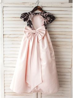 A-Line/Princess Floor-length Flower Girl Dress - Satin/Lace Short Sleeves Scoop Neck With Bow(s)/Back Hole Girls Fancy Dresses, Cheap Flower Girl Dresses, Wedding Party Dresses, Special Occasion Dresses, Lace Shorts, Scoop Neck, Fashion Dresses, Short Sleeves, Satin