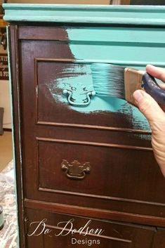 Sometimes I paint over everything with Wise Owl Chalk Synthesis Paint. #dododsondesigns #paintedfurniture #furnituremakeover
