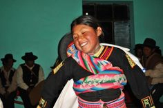 Young, Happy Girl from Peru Dancing | Traveldudes.org