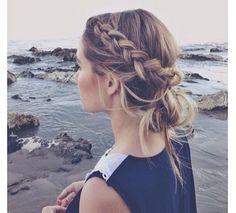Girl hair coiffure plage beach summer happy