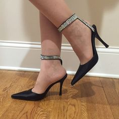 Additional pictures of the Sergio Rossi shoes! More pictures! Sergio Rossi Shoes Heels