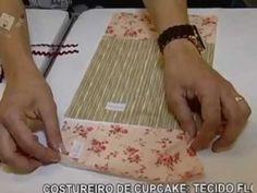 capa de ipod e cestinha de costura formato cupcake.