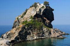 The church of Agios Ioannis Kastri on Skopelos, where scenes of Mamma Mia were filmed. I love to renew my vows here. Mamma Mia, Skiathos, Filming Locations, Vows, To Go, Wanderlust, World, Water, Outdoor