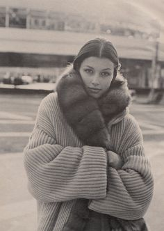 """Warm Front"", W US, October 1993 Photographer: Bico Stupakoff, Model: Bridget Moynahan"