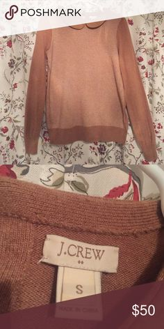J. Crew Herringbone Peter Pan collar sweater. J. Crew Herringbone sweater in tan. Size small but fits like a medium. Gently used and still it great condition. No sign of wear or damage. I accept reasonable offers. J. Crew Sweaters
