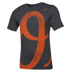 Give the competition a full serving of in-your-face team spirit on game day or whenever you just want to flaunt your Orioles pride with the Big Logo tri-blend tee from Nike.