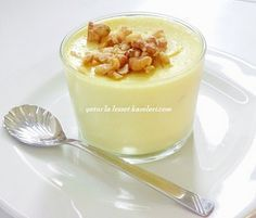 The lemon cup is very light and very delicious. I would definitely recommend it. Ingredients: 1 lt m Creme Dessert, Thai Dessert, Turkish Kitchen, Good Food, Yummy Food, Iftar, Turkish Recipes, Desert Recipes, Food And Drink