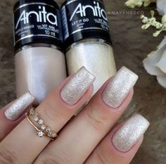 Perhaps you have found your nails lack of some modern nail art? Sure, lately, many girls personalize their nails with beautiful … Trendy Nail Art, Stylish Nails, Cool Nail Art, Heart Nail Designs, Nail Art Designs, Pedicure Colors, Nail Colors, Modern Nails, Glitter Nail Polish