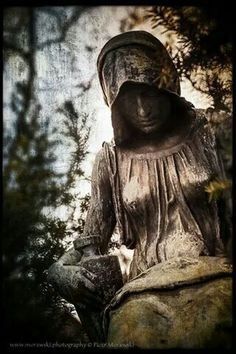Sadness, Silence & Solitude in Cemetery Sculpture Old Cemeteries, Graveyards, Grave Monuments, Cemetery Statues, Dark Side, Funeral, The Darkest, Gothic, The Incredibles