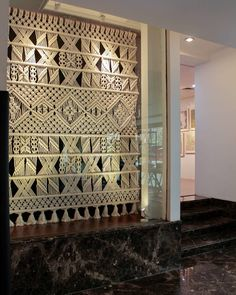 Macrame Wall Hanging Diy, Macrame Curtain, Macrame Plant Hangers, Macrame Art, Macrame Projects, Yarn Wall Art, Rope Crafts, Macrame Design, Macrame Patterns