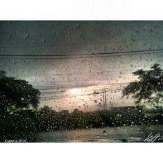 雨降りな #朝日 #rainy #daybreak #morning #sun #sky #cloud #rain #alabang #philippines #フィリピン #空 #雲