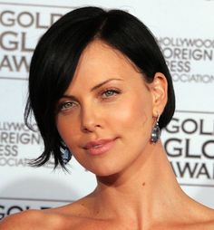 I love Charlize Theron with her dark hair! www.chataromano.com