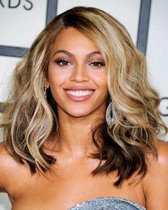 Medium length wavy hair.