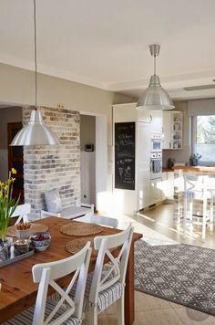 185 wonderful farmhouse style dining room design ideas- page 13 Dining Room Design, Interior Design Kitchen, Modern Interior Design, Cottage Kitchens, Home Kitchens, Kitchen Living, Kitchen Decor, Küchen Design, House Design