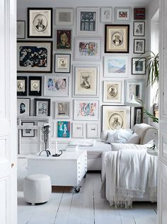 Great full wall collage!