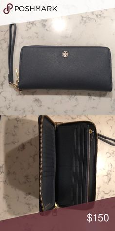 Tory Burch Robinson Continental Wallet Gently used, in great condition Tory Burch Bags Wallets