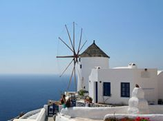 Experience the islands of Greece. Start your tour in Athens with its ancient history. Then travel on to Mykonos, Santorini and Crete for the ultimate tour. Mykonos, Santorini, Travel Tours, Travel Destinations, Honeymoon Registry, Rooftop Bar, Crete, Ancient History, Athens