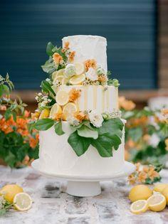 spring summer wedding cake with citrus Dreaming of Summer With Citrus Wedding Cakes ~ Love this cake! Summer Wedding Cakes, Floral Wedding Cakes, Wedding Cake Designs, Fruit Wedding Cake, Italian Wedding Cakes, Floral Cake, Foto Pastel, Buttercream Wedding Cake, Buttercream Fondant