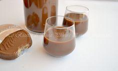 nutella,liquore300 ml di latte 150 ml di panna per dolci 300 grammi di nutella 80 grammi di zucchero 170 ml di liquore a 95°