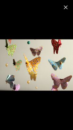 https://www.etsy.com/fr/listing/521141147/mobile-bebe-origami-nuee-de-papillons?ref=shop_home_active_2