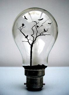 MyeongBeom Kim,  #bulb #ampoule                                                                                                                                                                                 Mehr