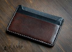 credit card diy Leather credit card holder / wallet by KampLeatherwork on Etsy Leather Front Pocket Wallet, Leather Wallet Pattern, Slim Leather Wallet, Mens Card Holder, Edc Wallet, Diy Leather Projects, Leather Crafts, Credit Card Wallet, Credit Cards