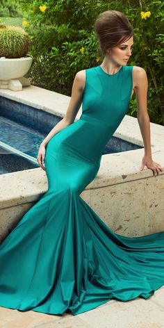 Serenity Gown, Walter Mendez