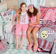 She'll love our varsity-themed collection of bedding, pillows and more!