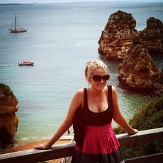 A #throwbackthursday pic to where it all started. At 21 I embarked on my first big journey travelling through Europe for 9 months and then continuing on to live in London. It was crazy wild and one big party! It also made me realise how small I was compared to the rest of the world.  This was taken in my first stop Lagos Portugal. And can you believe it's the only picture of just me out of my whole Europe trip! Another reason why travelling solo is better - no pictures of you in beautiful…