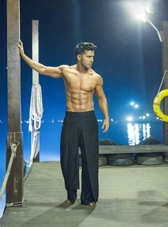 'ABCD 2': Checkout #VarunDhawan's Hot, Six-pack Body