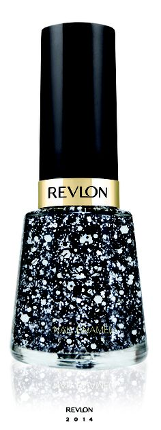 Revlon Nail Polish - Black and White (sneak peak for perfect for a holiday party, plus glitter nail varnish lasts for ages 💅 Nail Polish Designs, Nail Polish Colors, Cute Nail Designs, Fancy Nails, Trendy Nails, Revlon Nail Polish, White Nails, White Glitter, Pretty Nail Colors