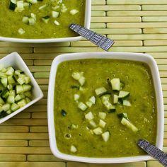 Green Tomato Gazpacho with Green Zebra Tomatoes, Cucumber, and Avocado - Kalyn's Kitchen Tomato Gazpacho, Gazpacho Recipe, Gazpacho Soup, Tomato Soup, Vegetarian Cooking, Vegetarian Recipes, Healthy Recipes, Healthy Meals, Recipes