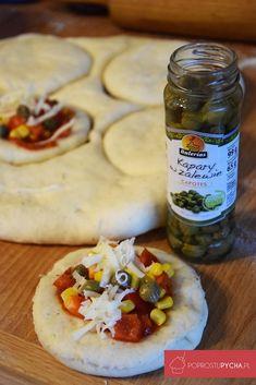 Drożdżowe bułeczki Hummus, Tacos, Pizza, Cooking, Ethnic Recipes, Food, Homemade Hummus, Meal, Kochen