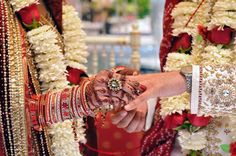 Image by Harvard Photography http://maharaniweddings.com/gallery/photo/742