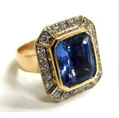18ct Yellow Gold, Ceylon Sapphire and Diamond ring made at Cameron Jewellery