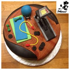 Gym equipment and treadmill cake