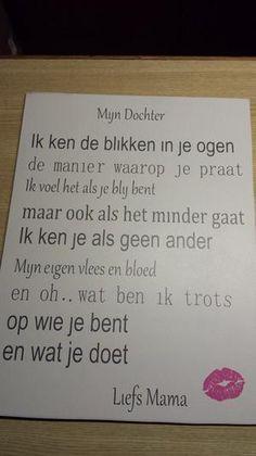 Bekijk de foto van laura-linneweever met als titel Mijn dochter tekst op mdf.  Zelf gemaakt. en andere inspirerende plaatjes op Welke.nl.