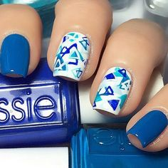blue nails ✔♥