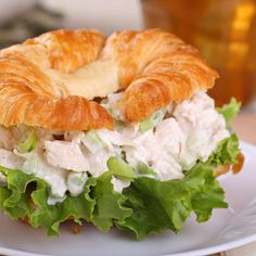 Amish Country Insider - Recipe - Fruity Chicken Salad (http://amishcountryinsider.com/recipe-fruity-chicken-salad/)