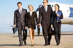 Get the best corporate travel management on cheapest flight, hotel reservations, car hire services and lots more. Air Travel Tips, Work Travel, Jet Lag, Limousine, Paris, Business Travel, Business Lady, Business Sales, Business Opportunities