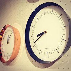 壁掛け時計 グレー - Google 検索 Clock, Google, Wall, Home Decor, Wall Clocks, Watch, Decoration Home, Room Decor, Clocks