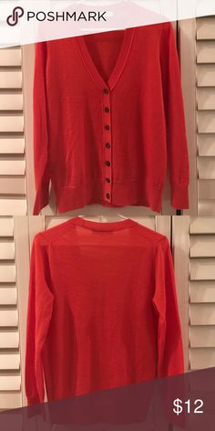 Loft Lightweight Cardigan Ann Taylor Loft - Size M. Lightweight, long sleeved coral cardigan with brown buttons. Gently used - in excellent condition. LOFT Sweaters Cardigans