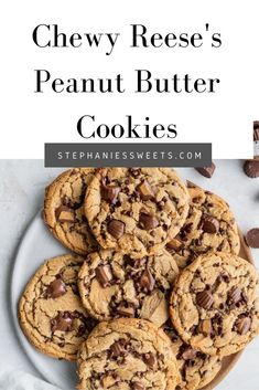 Best Dessert Recipes, Fun Desserts, Great Recipes, Cookie Recipes, Delicious Desserts, Yummy Food, Peanut Butter Chip Cookies, Reeses Peanut Butter, Cookie Calories