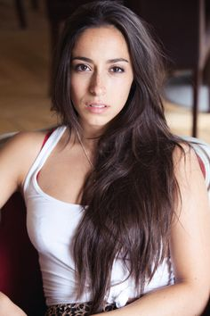 Oona Chaplin (granddaughter of Charlie Chaplin and Talisa on Game of Thrones)!