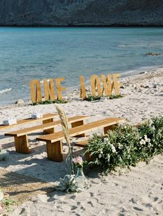 KayCreations Wedding flowers & Wedding Rentals in Greece Outdoor Chairs, Outdoor Furniture Sets, Outdoor Decor, Wedding Rentals, Table Plans, Greece, Wedding Flowers, Graphic Design, Creative
